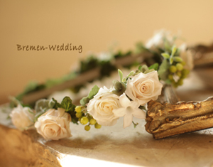 バラとジャスミンの花冠
